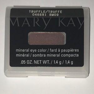NIB Mary Kay Truffle Mineral Eye Color
